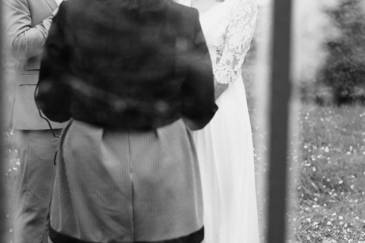Elopement mariage cérémonie laïque domaine de combelongue